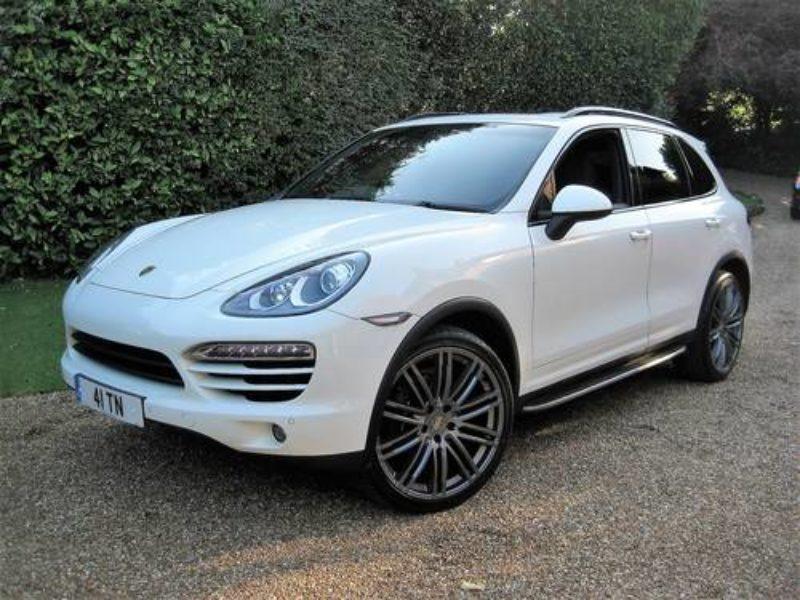 Porsche Cayenne 2011 White