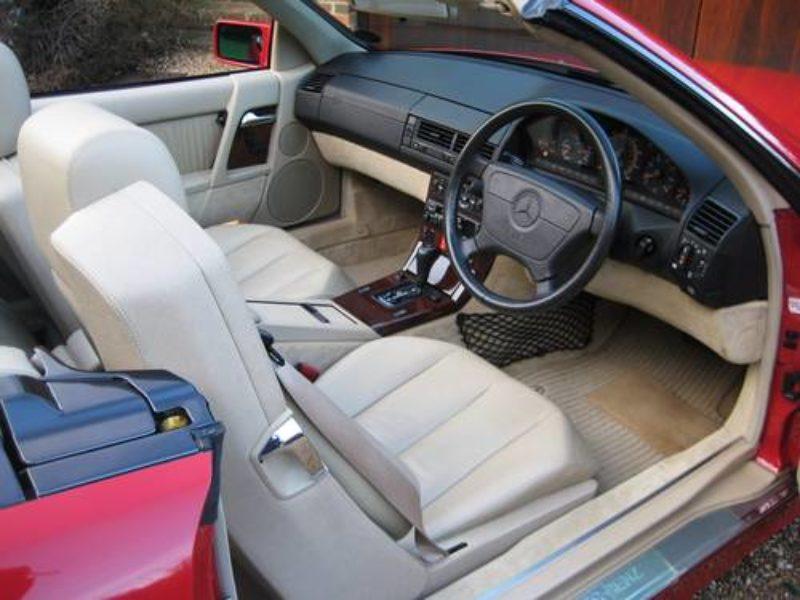 Mercedes Benz SL280