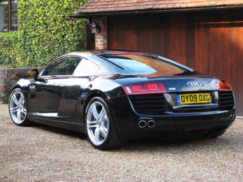 Audi R8 Quattro Tronic